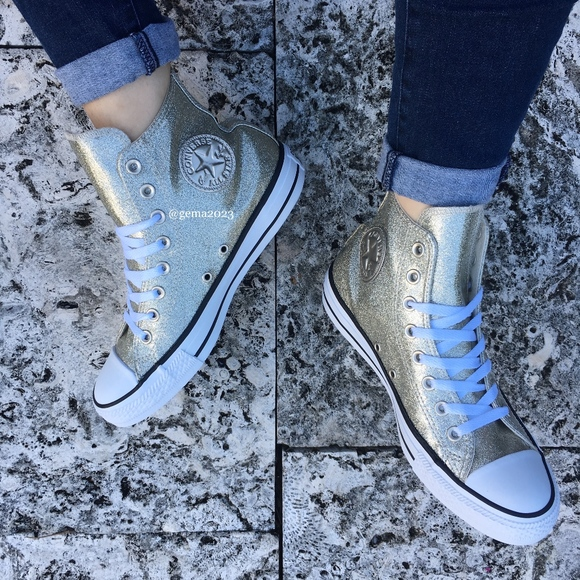 7550af84c25a Converse Women s Chuck Taylor All Star 9